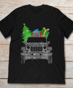 Jeep Carring Christmas Tree And Gifts